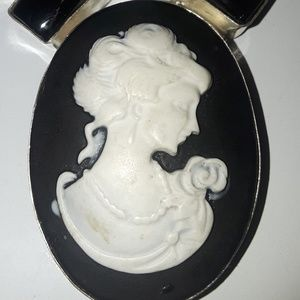 Brand new Cameo necklace brand new